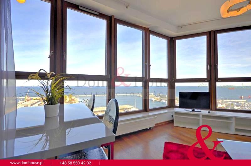 Osiemnaste piętro z widokiem na morze!