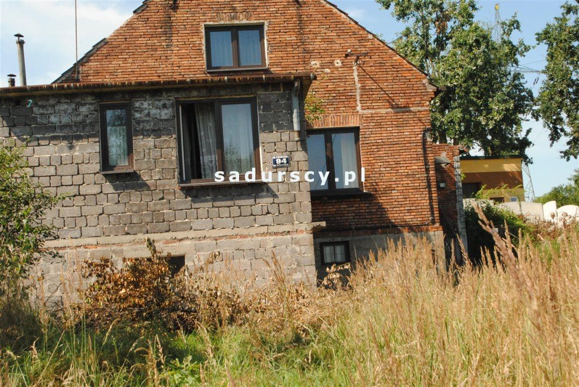 Działka ze starym budynkiem w rejonie ul. potrzask