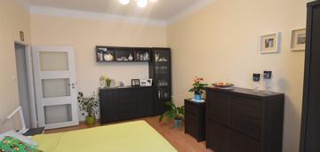 2-pokojowe mieszkanie w nowej hucie