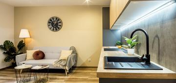 Mieszkanie lub biuro - salwator
