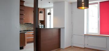 Łochowska, 37,3m, pokój z kuchnią, kamienica