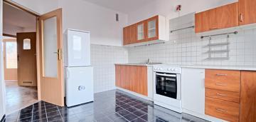 Bronowice|3 pok. z os.kuchnią, balkon + garaż|63m2