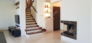 Super dom na dużej pięknej działce idealny warto!
