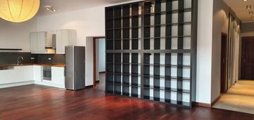 Apartament z salonem 50m2 na jeżycach