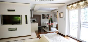 Nowoczesny dom w doskonałej lokalizacji, sprzedaż