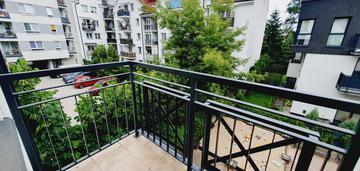2 - pok. praga południe, z balkonem i garażem