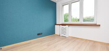 2 pokoje,oddzielna kuchnia,40m2,os.albertyńskie