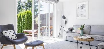 Słoneczne mieszkanie 3 pok. z tarasem i ogrodem