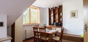 Duże 2-pokojowe mieszkanie