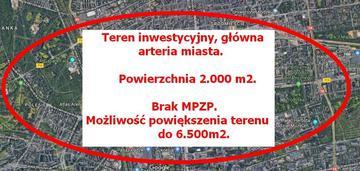 Narożna działka główna arteria 2.000m2