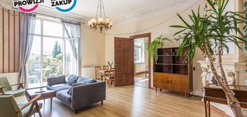 Mieszkanie 102 m2, 4 pokoje, 2 balkony.
