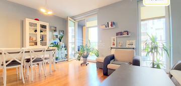 Atrakcyjne mieszkanie, 49m², 2 pokoje, city towers