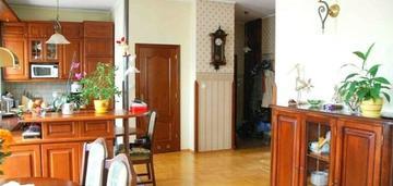 Gocław, abrahama, 90 m2, 4 pok., 2000 r.