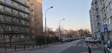 3 pokoje w pobliżu krakowskiego przedmieścia
