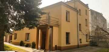 Dom mieszkalny w świetnej lokalizacji, Górna