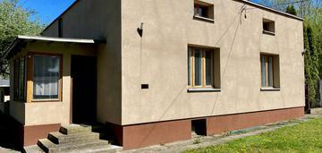 Radogoszcz - posesja na działalność i mieszkanie