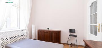 2 pokojowe mieszkanie w centrum | teatr bagatela
