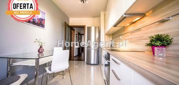 Apartament z dużym balkonem,3 pokoje,komfort