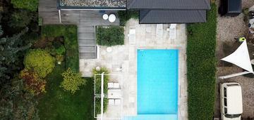 Rezydencja z basenem w milanówku!