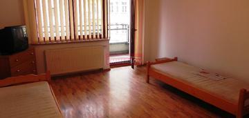 Błonia! 2 pokojowe mieszkanie z balkonem. okazja
