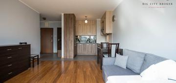 2 pokoje / garaż / komórka / taras