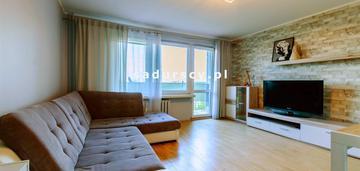 Łobzów: 3 osobne pokoje, balkon, winda, parking !!