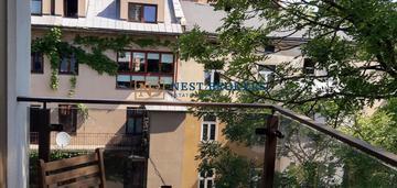 Apartamentowiec -3 pokoje przy rakowickiej .