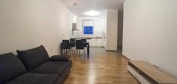 Dwupokojowe mieszkanie z garderobą - żoliborz