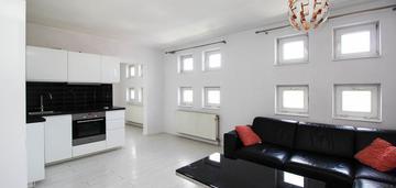 2 pokojowe mieszkanie - 9 piętro - wielicka