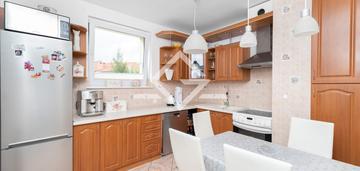 2 balkony / piwnica / 48 m2 / polecam