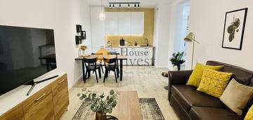 Atrakcyjny apartament 2 pokojowy + balkon