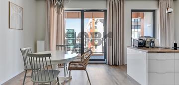 Apartament z fitness, sauną, strefą bilardową