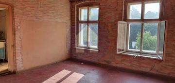 81 m2 3 pokoje do remontu świebodzice