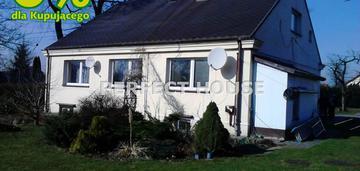 Dom dwurodzinny z ogromnym ogrodem