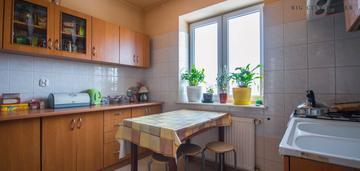 2 pokoje z oddzielną kuchnią, balkonem i ogródkiem