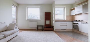 Rozkładowe 3 pokoje, garaż, komórka