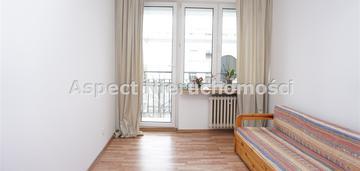 Rozkładowe mieszkanie w centrum z balkonem