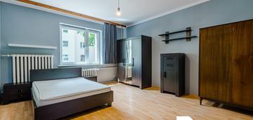 Przestronne dwupokojowe mieszkanie we wrzeszczu