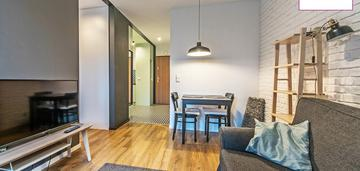 Kompaktowy apartament blisko obc z halą garażową