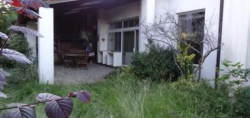 Dom z potencjałem na cichym osiedlu