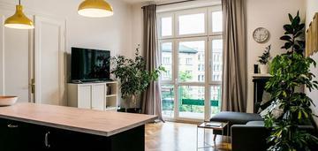 3 pokoje, 3 łazienki, balkon, 77m2, nowy kleparz