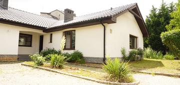 Ul. motylkowa- dom wolnostojący- rezerwacja
