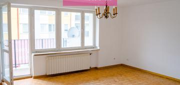 Przestronne 3 pokojowe mieszkanie