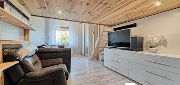 Urokliwe mieszkanie z antresolą