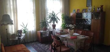 3 pokojowe mieszkanie, 2 balkony, ścisłe centrum