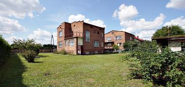 Dom w centrum kłomnic