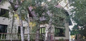 Podkowa leśna -dom na działalność godpodarczą
