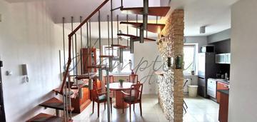 Atrakcyjne dwupoziomowe mieszkanie na żeraniu