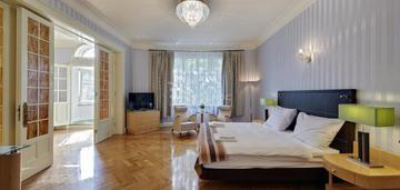 Duże stylowe mieszkanie w centrum katowic !