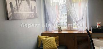 Ustawne mieszkanie 3-pokojowe z dużym balkonem